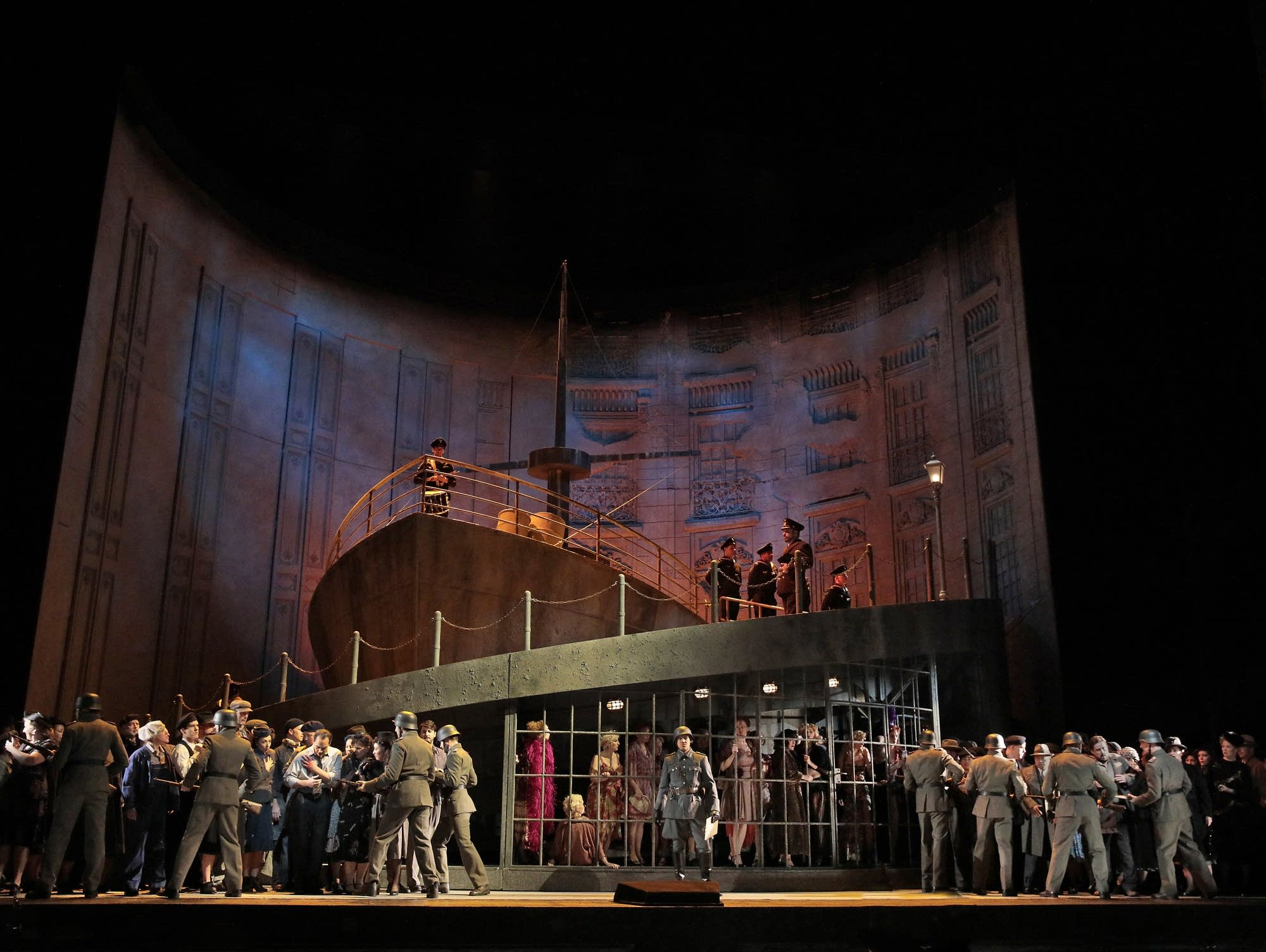 manon lescaut Manon lescaut is an opera in four acts by giacomo puccini, composed between  1890 and 1893 the story is based on the 1731 novel l'histoire du chevalier.