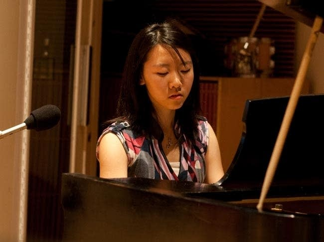 Maggie Yang playing Mendlessohn