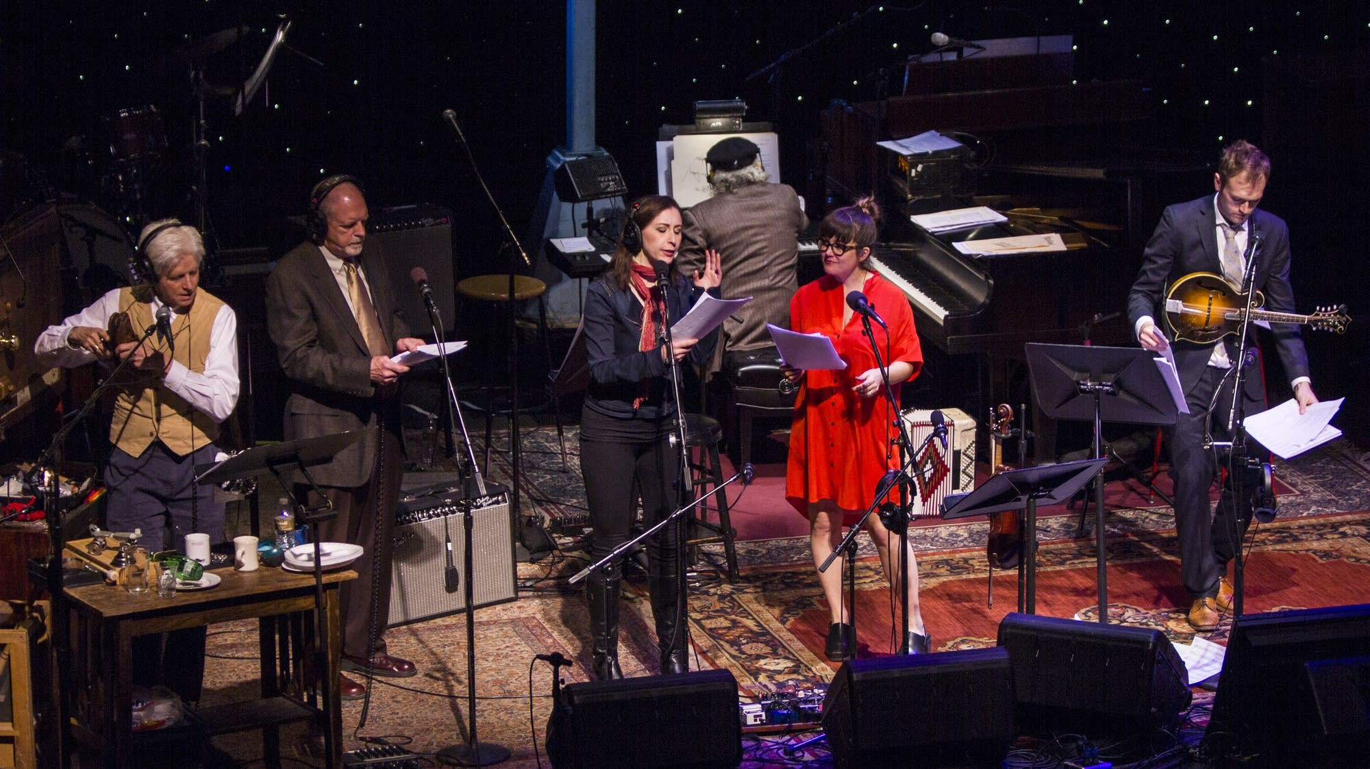 Fred Newman, Tim Russell, Serena Brook, Sara Watkins, and Chris Thile