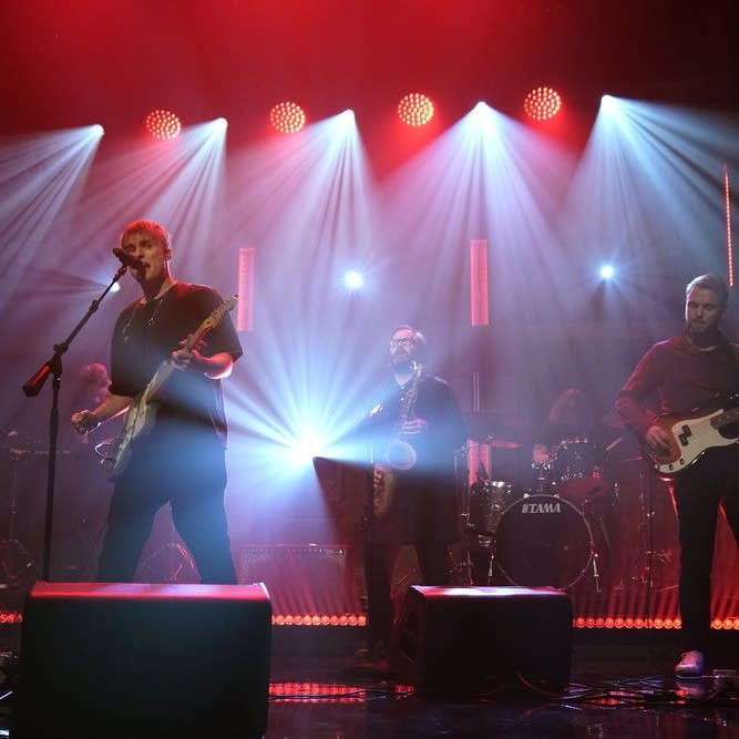 Sam Fender performs on 'Late Night with Seth Meyers'