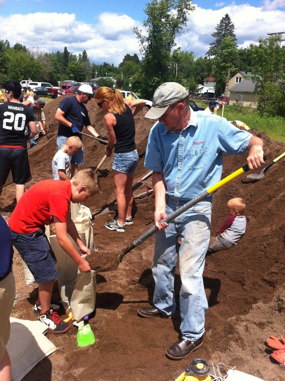Moose Lake sandbagging