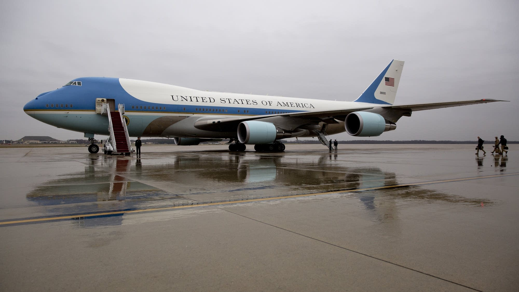 Trump wants to cancel Air Force One order from Boeing - WSMV News 4