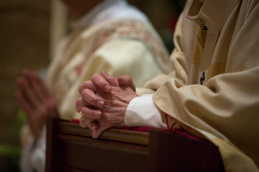 Archbishop prays