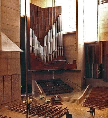 2003 Dobson organ at the Cathedral of Our Lady of the Angels, Los Angeles, CA