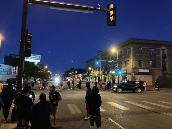 Floyd protests: Curfew up, darkness falls, arrests begin