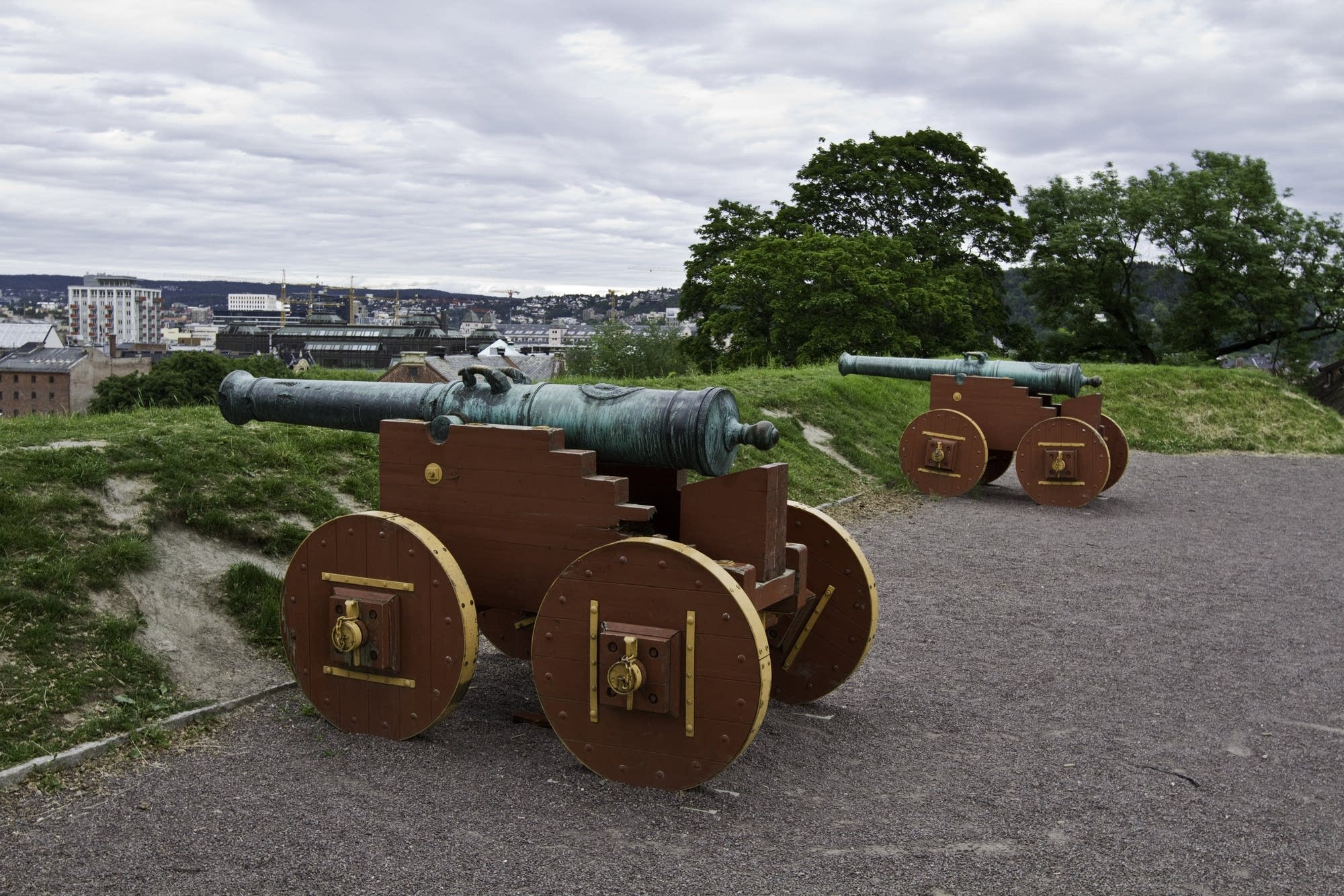 Oslo - 33 - cannons