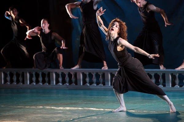 Dancer Laurel Lynch as Dido.