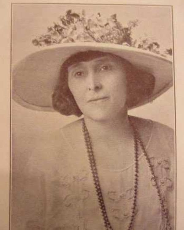 Nellie Francis, in 1924.