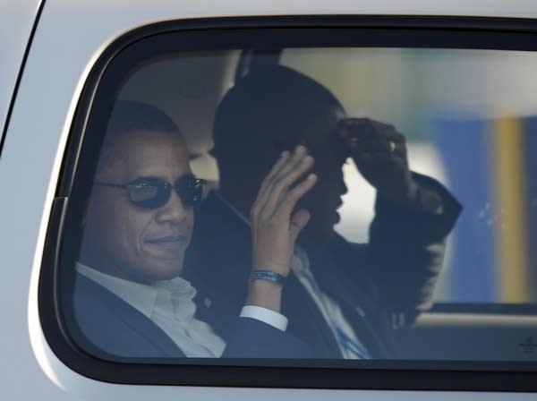 Barack Obama arrives for the debate in New York