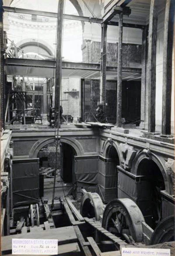 Capitol construction, Feb. 26, 1904