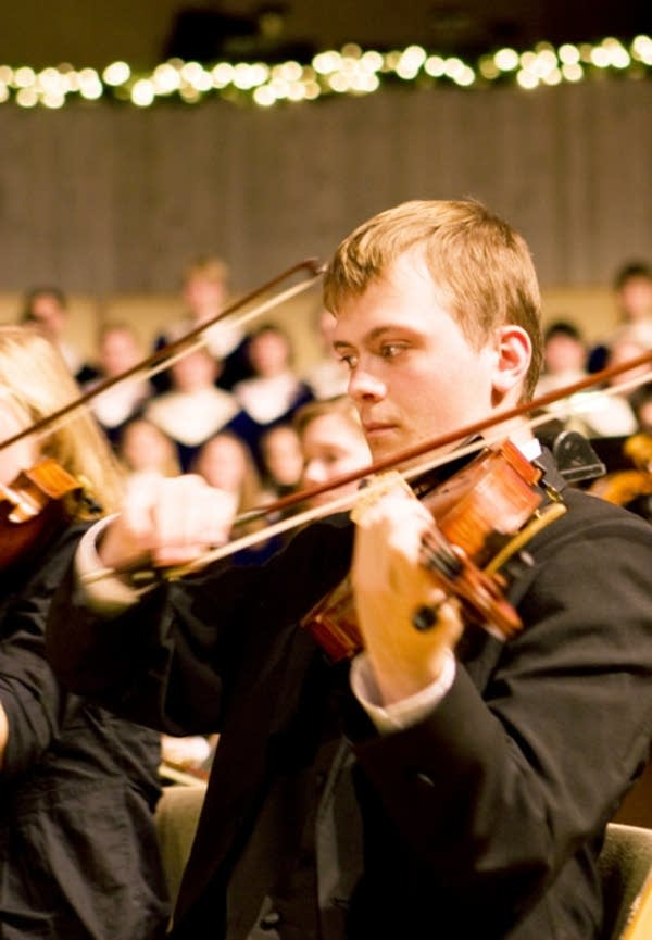 Luther College violist