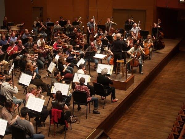 Orchestra rehearses