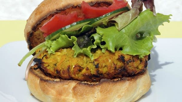 Spinach-Chickpea Burgers