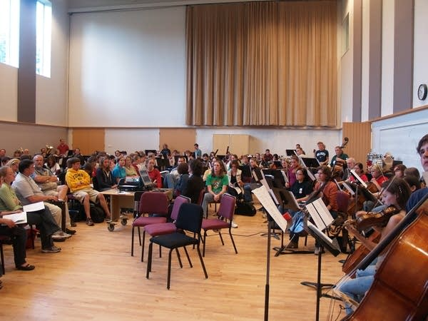 'Ocean' musicians rehearse