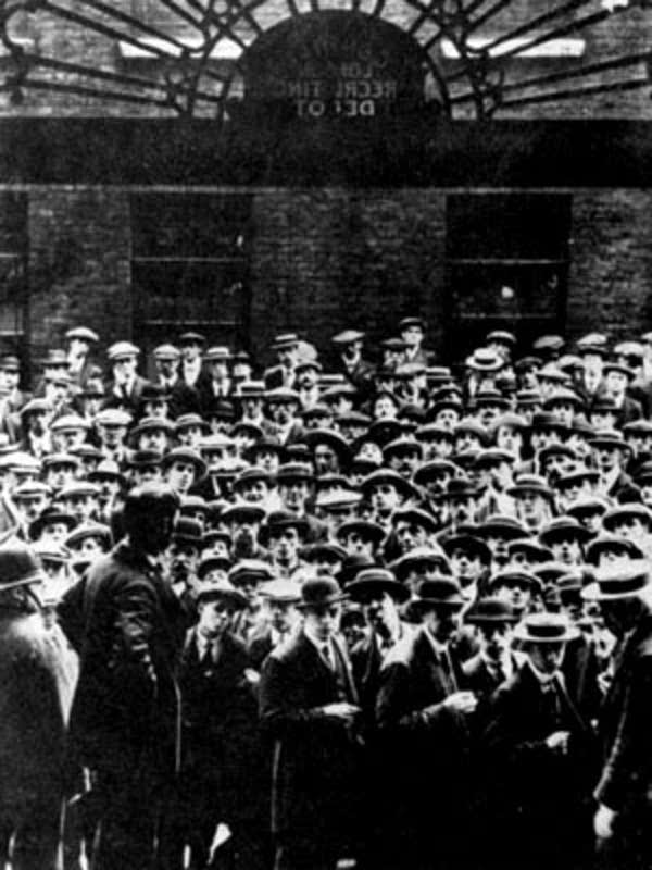 The Central London Recruiting Depot, August 1914.