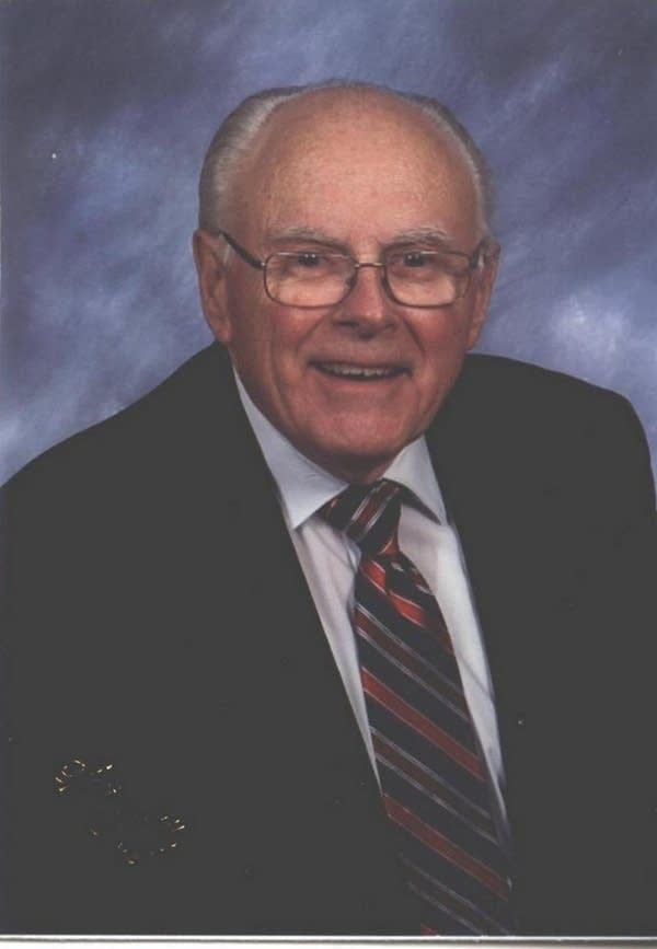 Lowell Erdahl