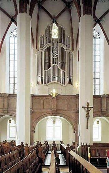 2000 Woehl organ at the Thomaskirche, Leipzig, Germany