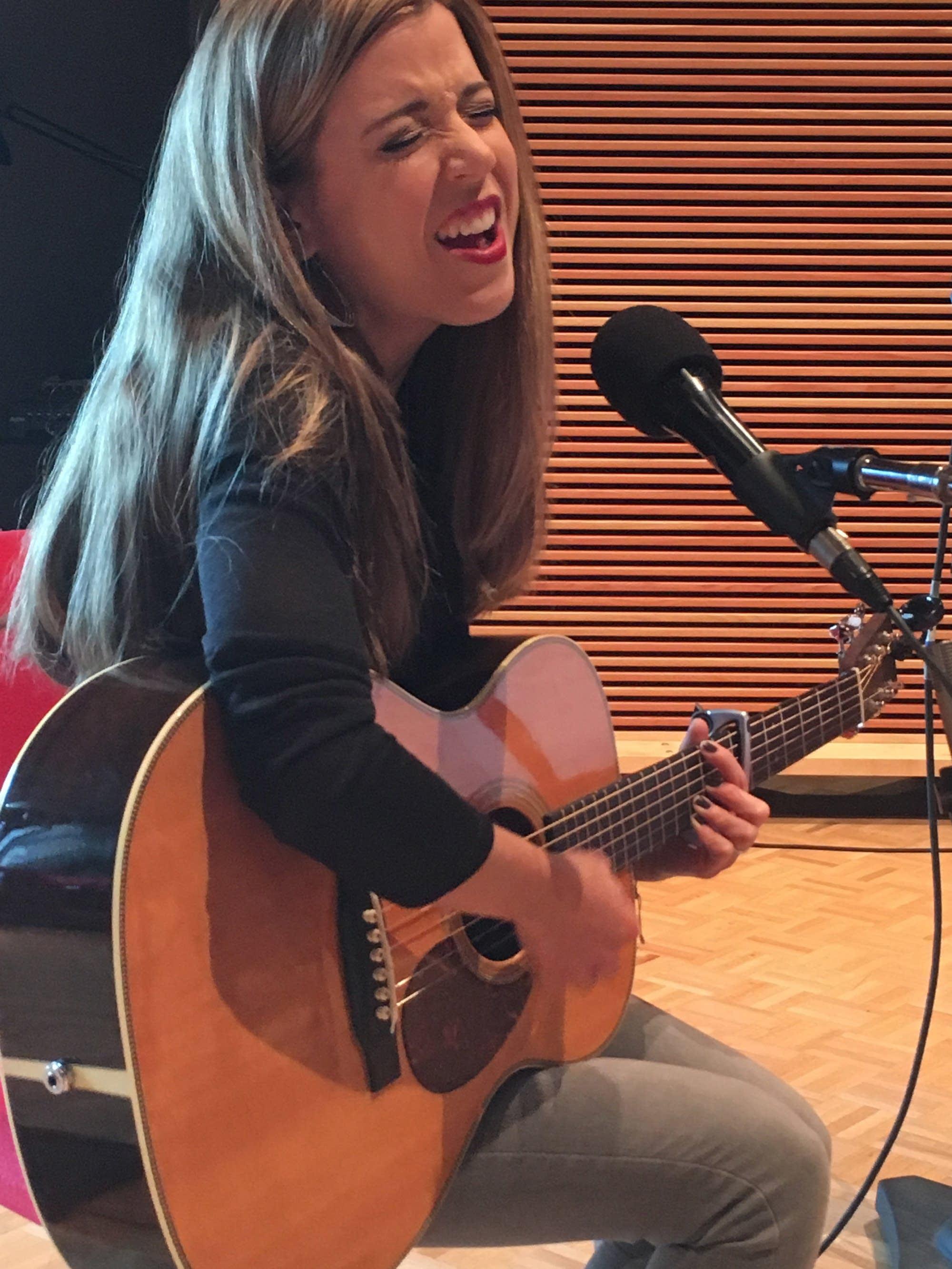 Sarah Morris on Radio Heartland