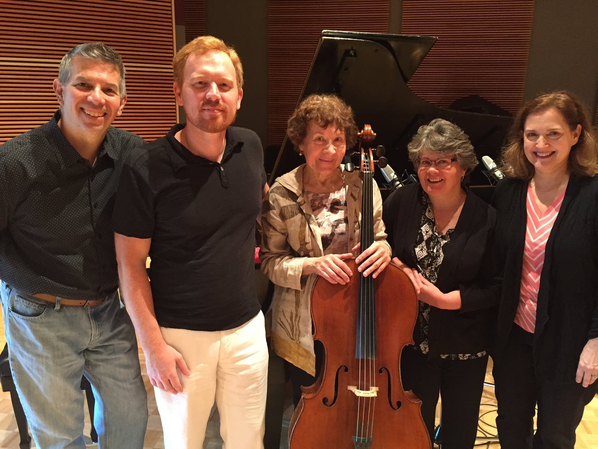 Participants in the International Cello Institute