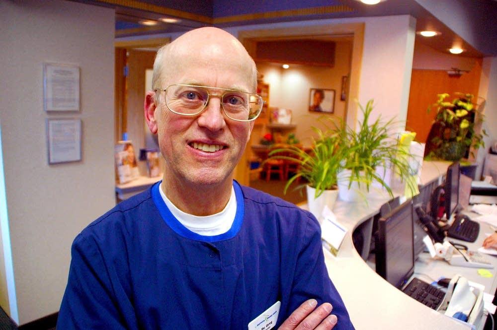 Dr. Greg Hanson