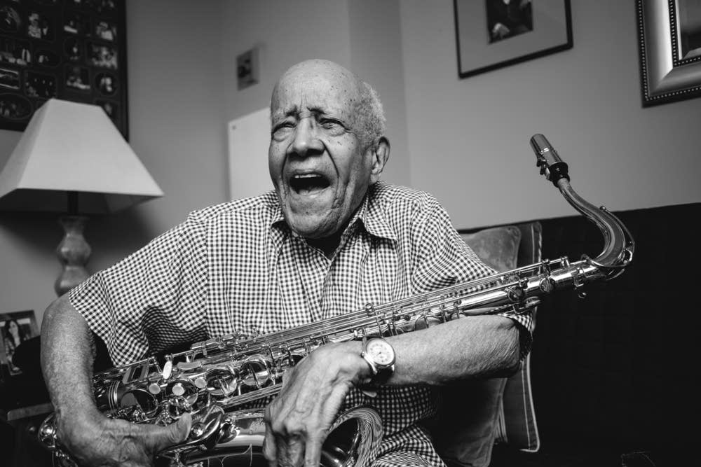 Rv Hall Of Fame >> Irv Williams plays Dakota Jazz Club for 98th birthday ...