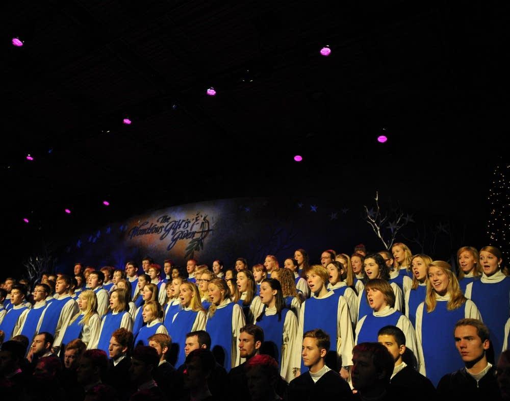 2012 St. Olaf Christmas: St. Olaf Cantorei