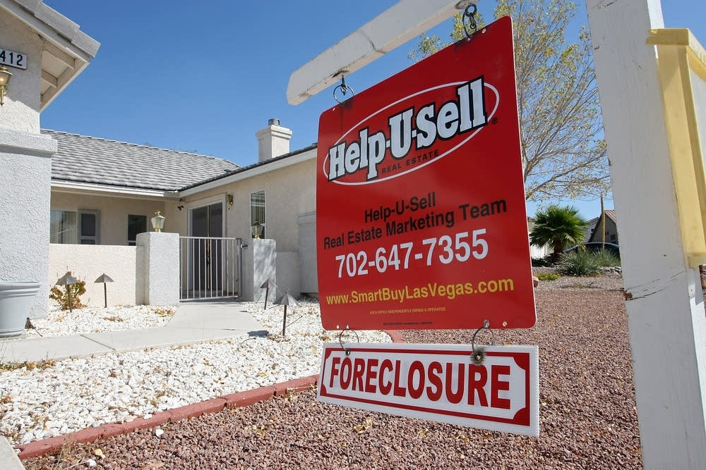 Las Vegas Homes Prices Slide 28 Percent For May Sa