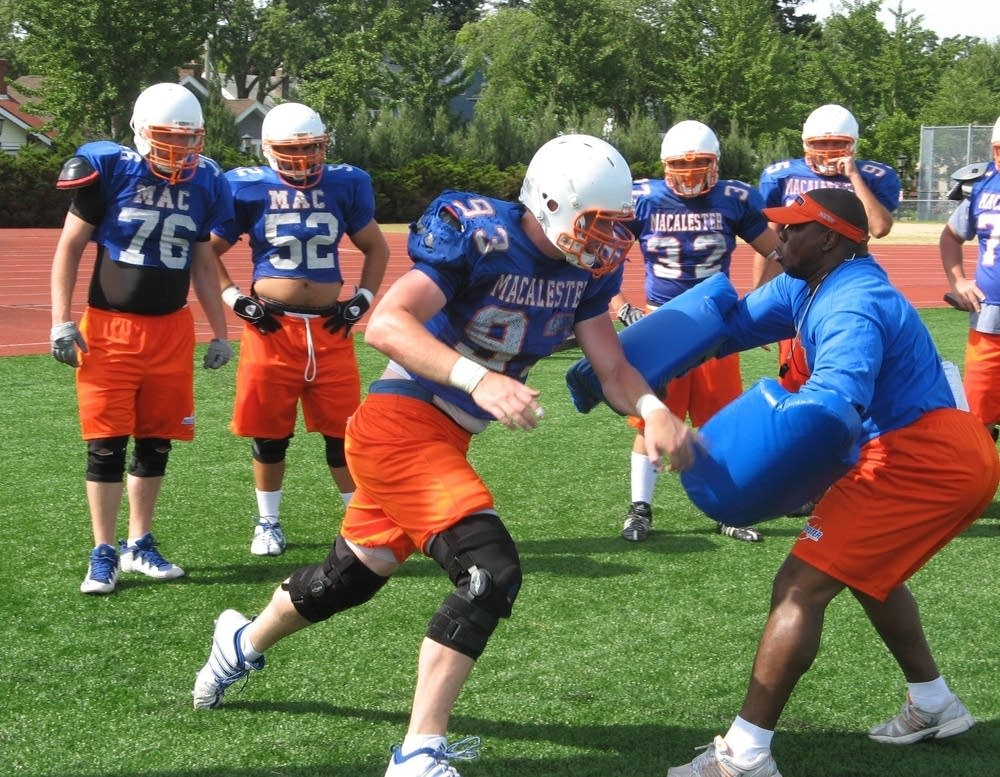Macalester football practice