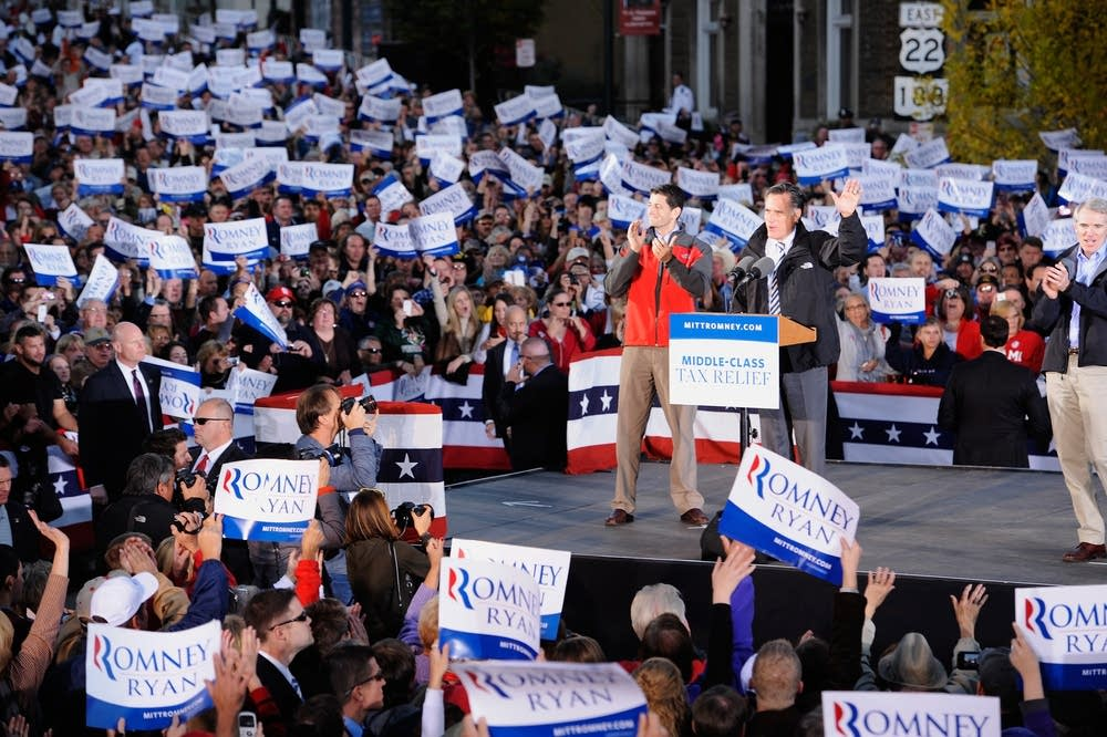 Romney and Ryan campaign in Ohio