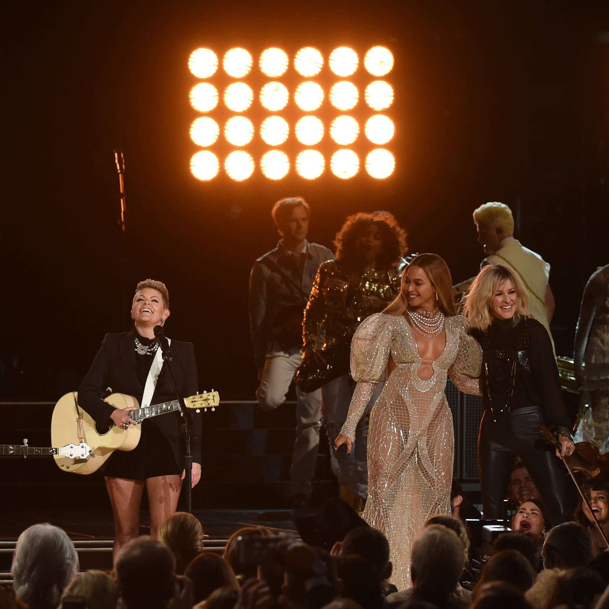 The Chicks perform with Beyonce in 2016.