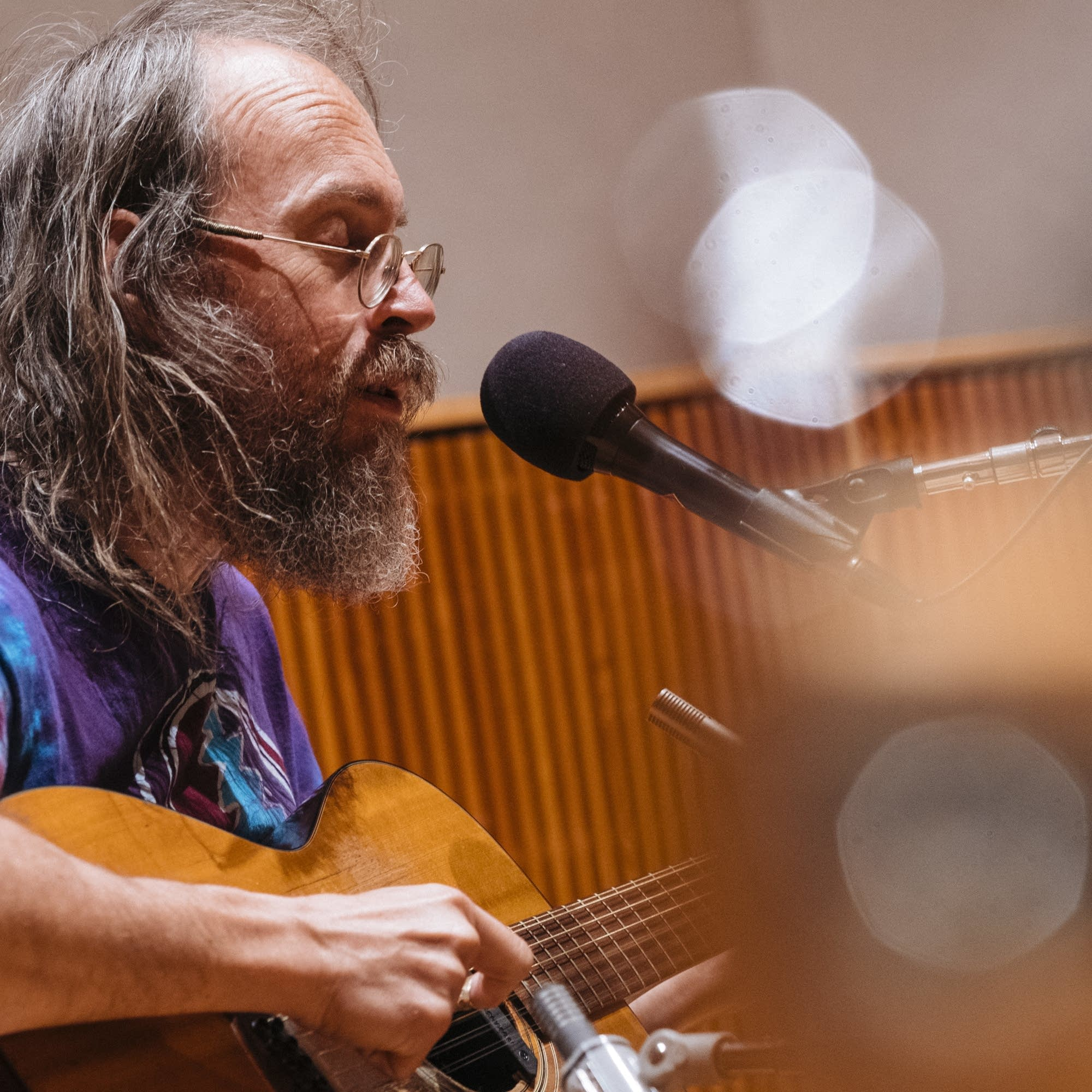 Charlie Parr performs songs from his new record