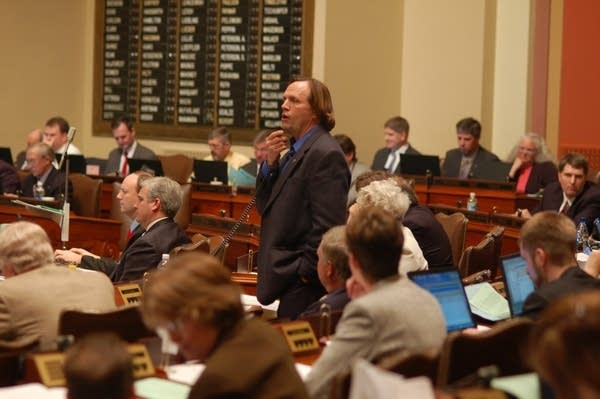 Rep. Jim Abeler, R-Anoka, speaks on the House floor. (MPR Photo/Tom Scheck)