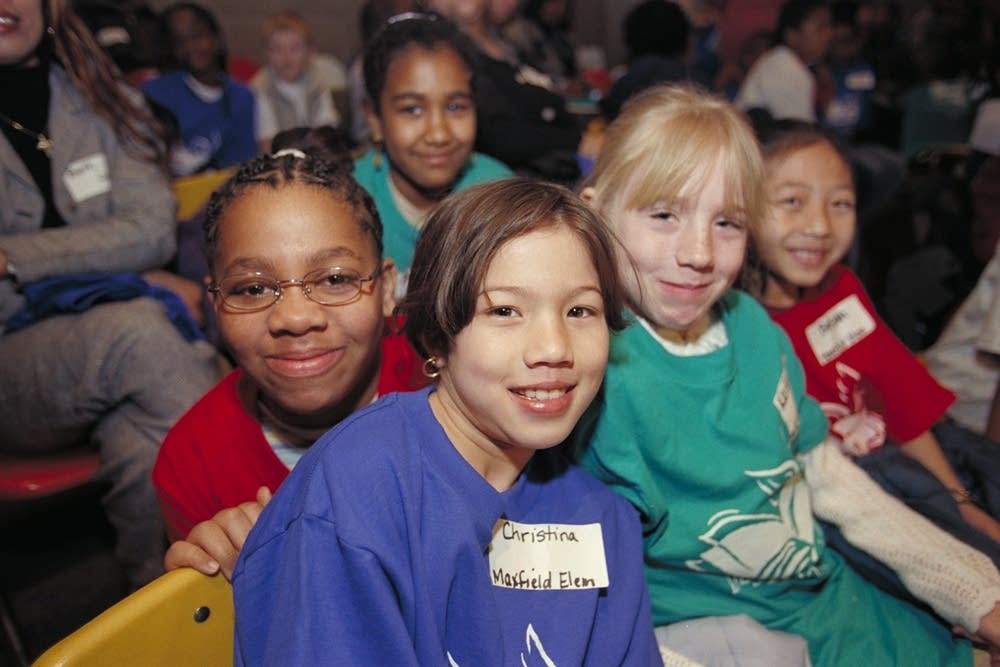 2001: Maxfield Elementary students