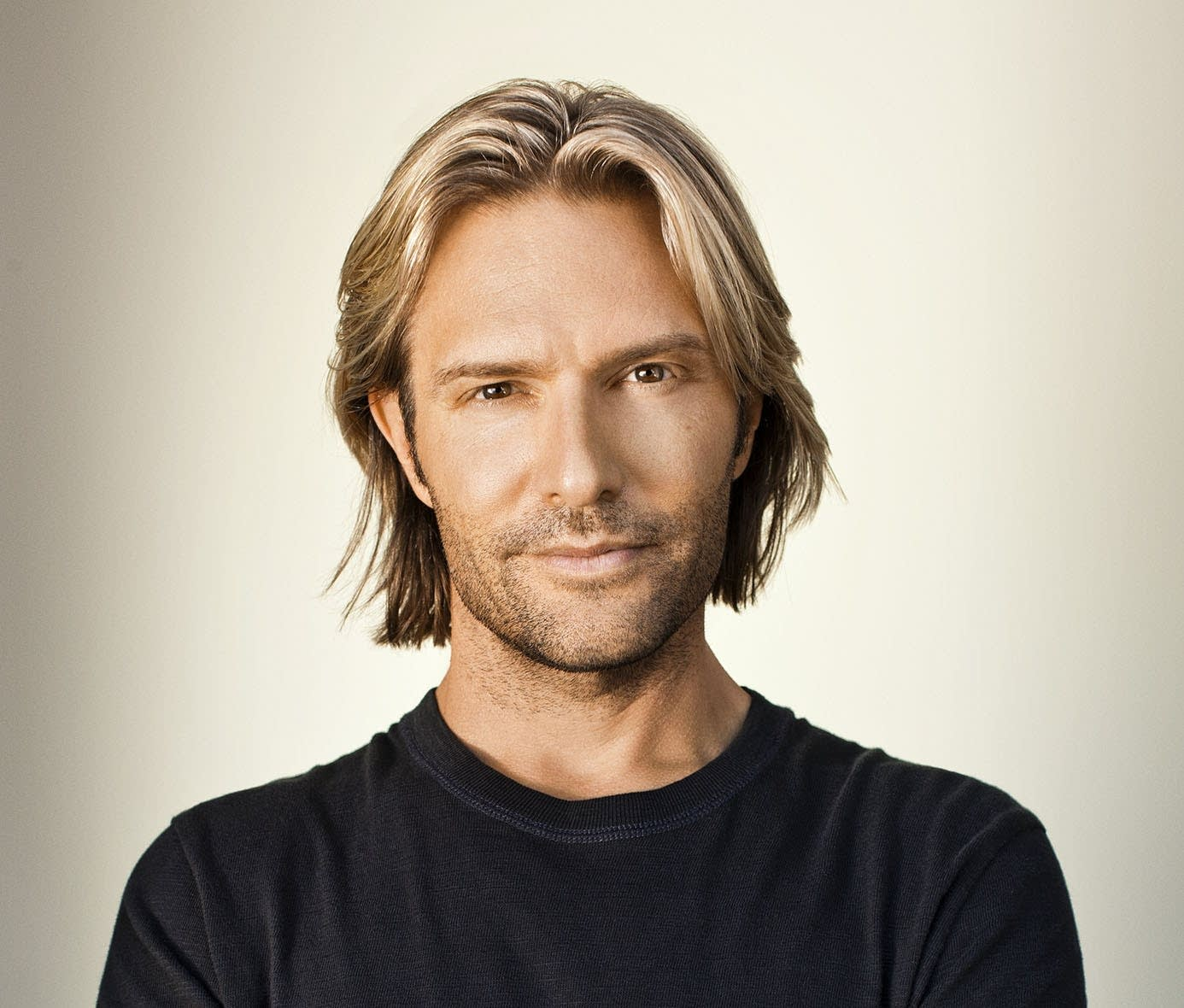 Classical MPR Presents: Eric Whitacre Singers