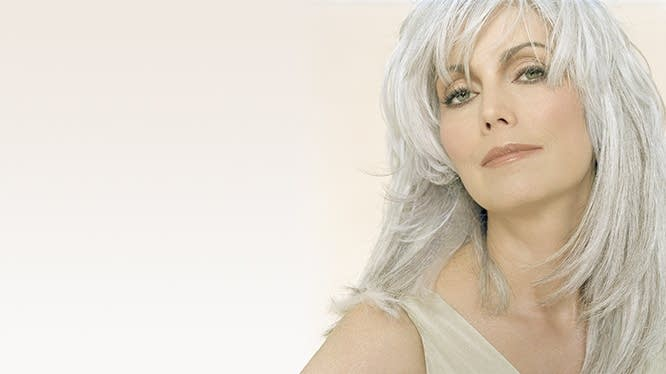 Emmylou Harris - photo by Veronique Rolland