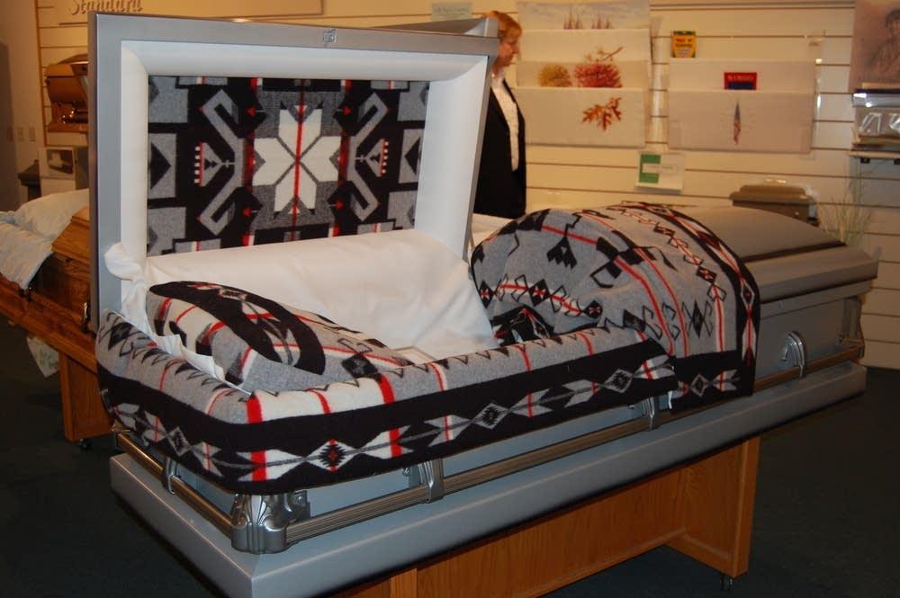 Customized casket