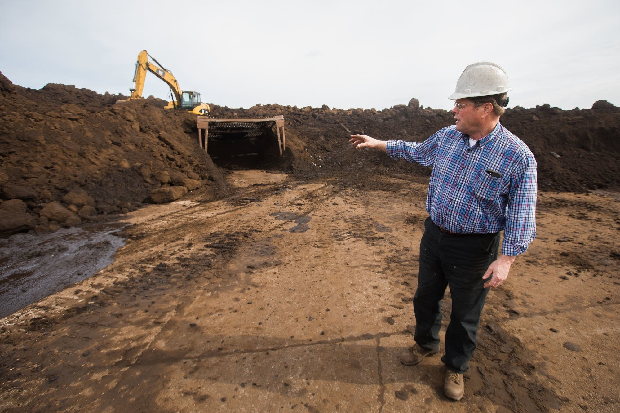 APT president Doug Green talks about breaking down frozen peat.