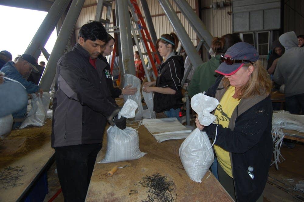Filling bags