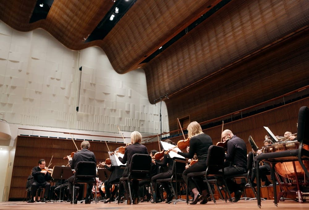 St. Paul Chamber Orchestra musicians at the Ordway