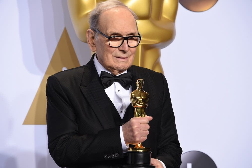 Ennio Morricone with his Oscar