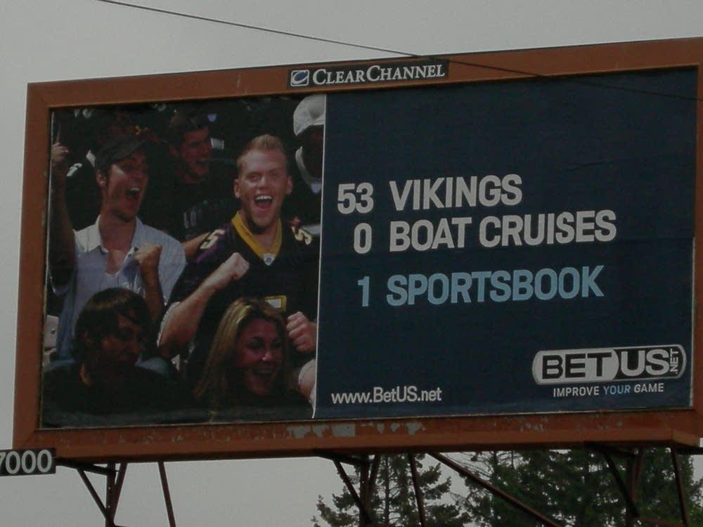 BetUS.net billboard.