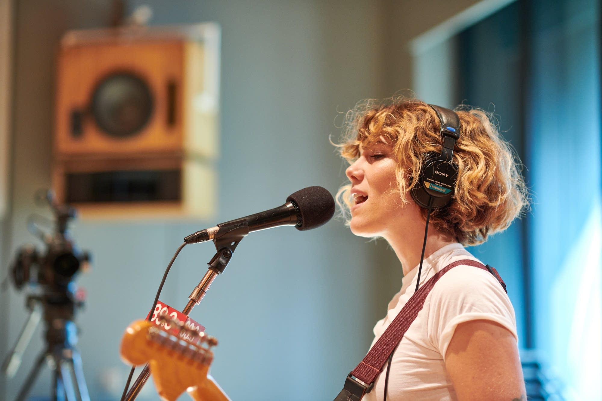 Caroline Smith performs in The Current Studio