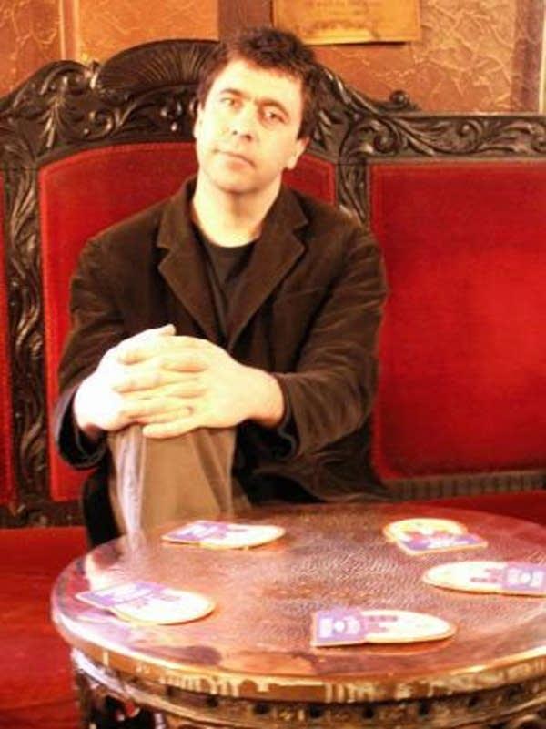 Singer / Songwriter Pete Morton