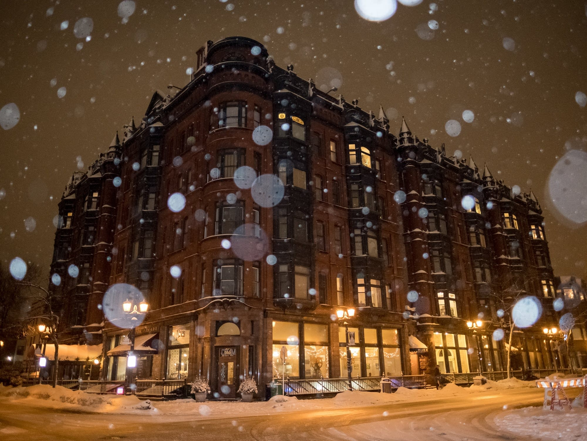 Snow falls on Cathedral Hill in St. Paul