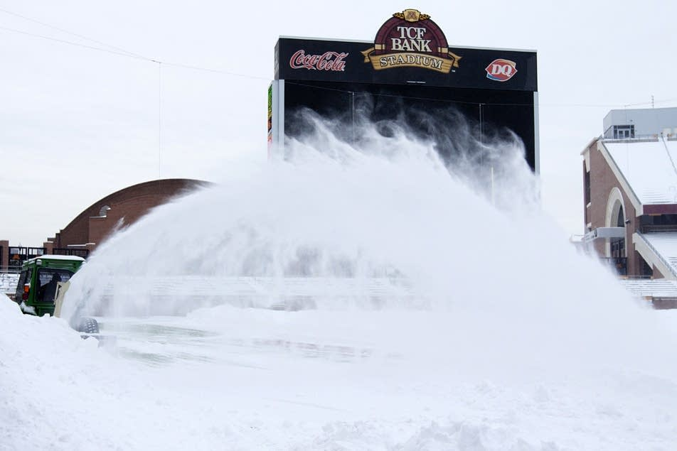 Snowblowing at TCF Stadium