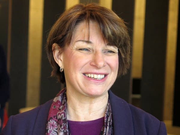 Sen. Amy Klobuchar meets with business owners to talk about net neutrality.