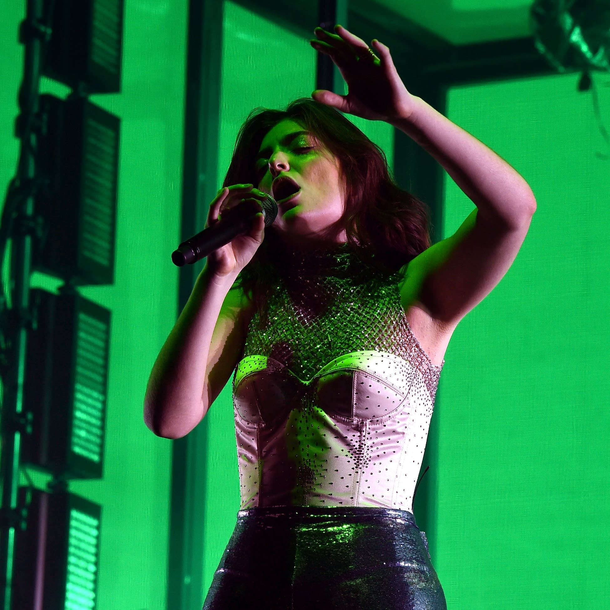 Lorde performs at Coachella on April 16, 2017
