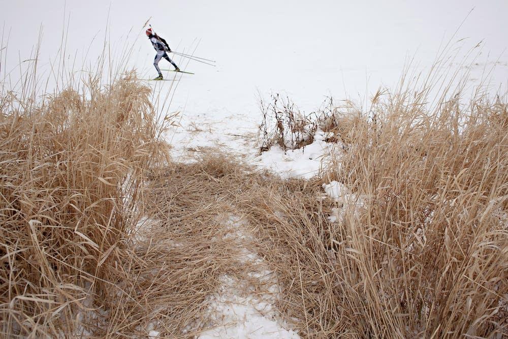 Skiing laps