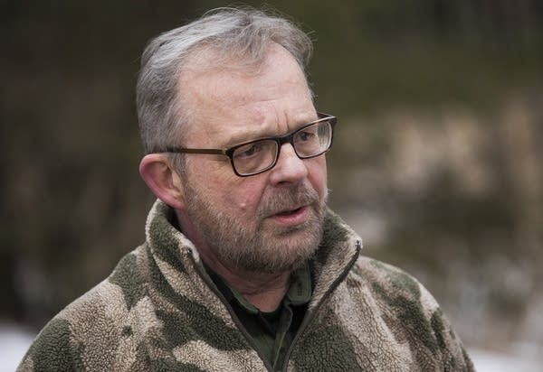 Wildlife photographer Michael Furtman of Duluth