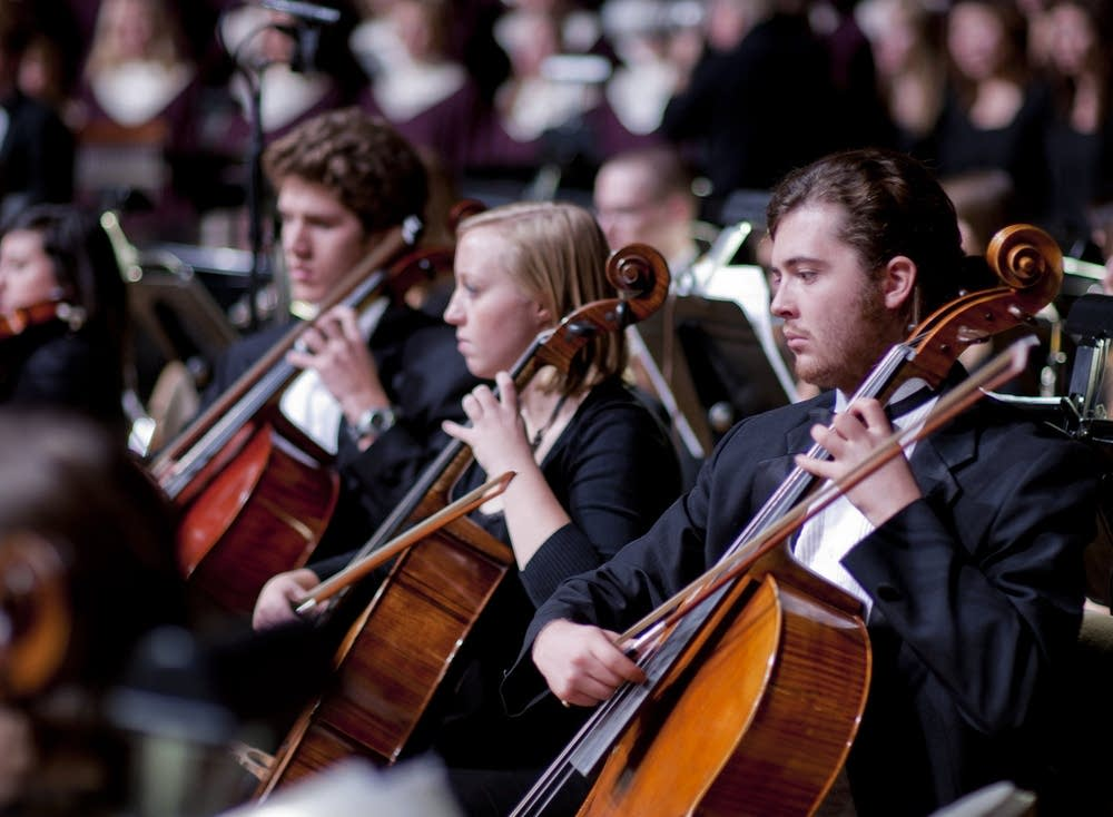 Luther Symphony Orchestra cellists